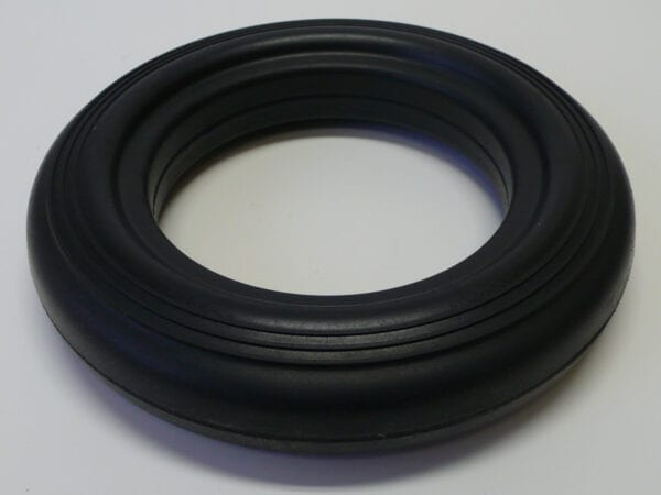16752 SPS - TIRE - SOLID RUBBER