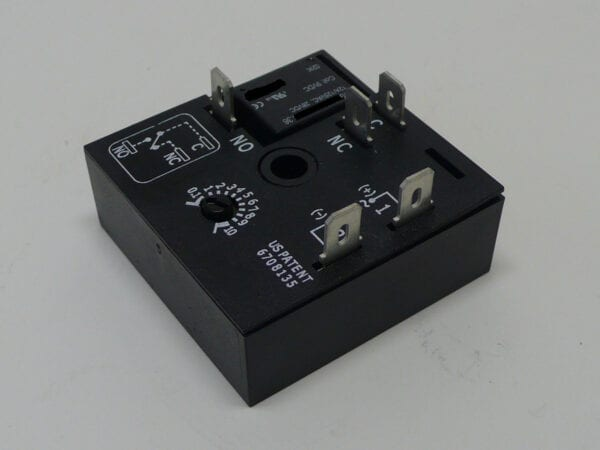 121357 SPS - TIMER RELAY, DELAY ON MAKE