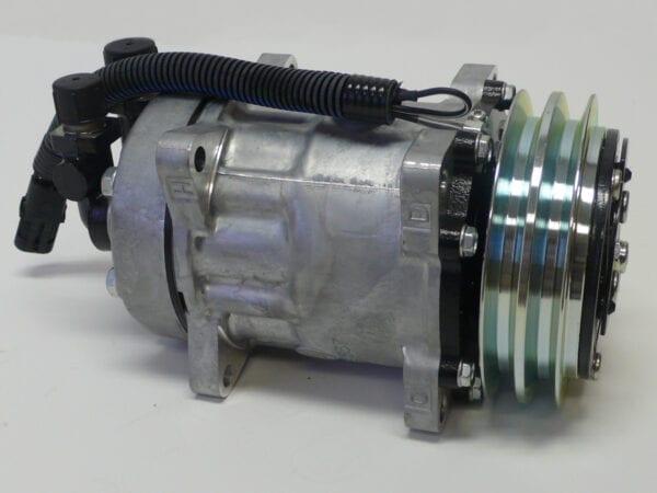 381952 SPS - A/C COMPRESSOR W/CLUTCH